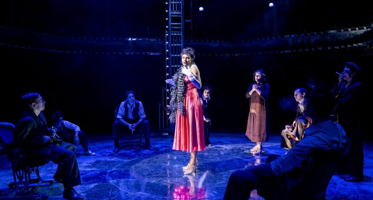 013 RET GYPSY -Melissa James (Louise), Ria Jones (Rose) and Ensemble - Image Johan Persson