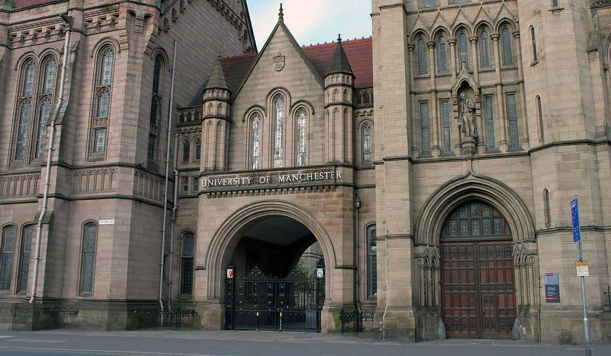 The Whitworth Hall, at which honorary degrees will be awarded this Foundation Day. Photo: Wikimedia Commons