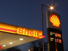 The attack took place at the Fallowfield Shell Garage, at 3am last Tuesday morning. Photo: Lee Jordan @Flickr