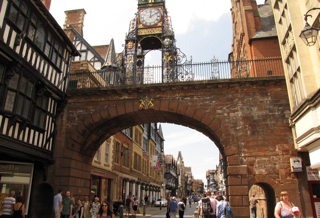 A photograph of the second most photographed clock in England. Photo: Friar's Balsam @Flickr