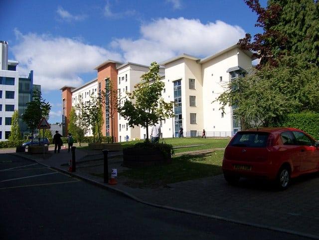 Photo: University of Dundee @Wikimedia Commons
