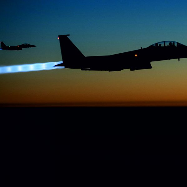 F-15e American fighter jets over ISIS territory. Photo: Wikimedia Commons