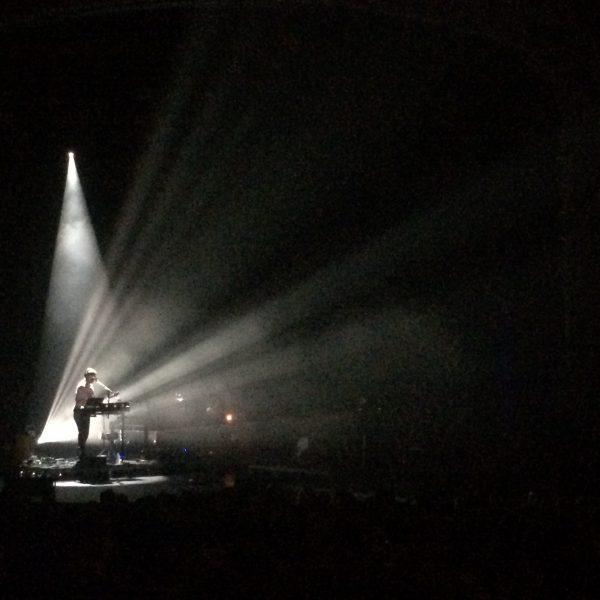 Justin Vernon sings Skinny Love