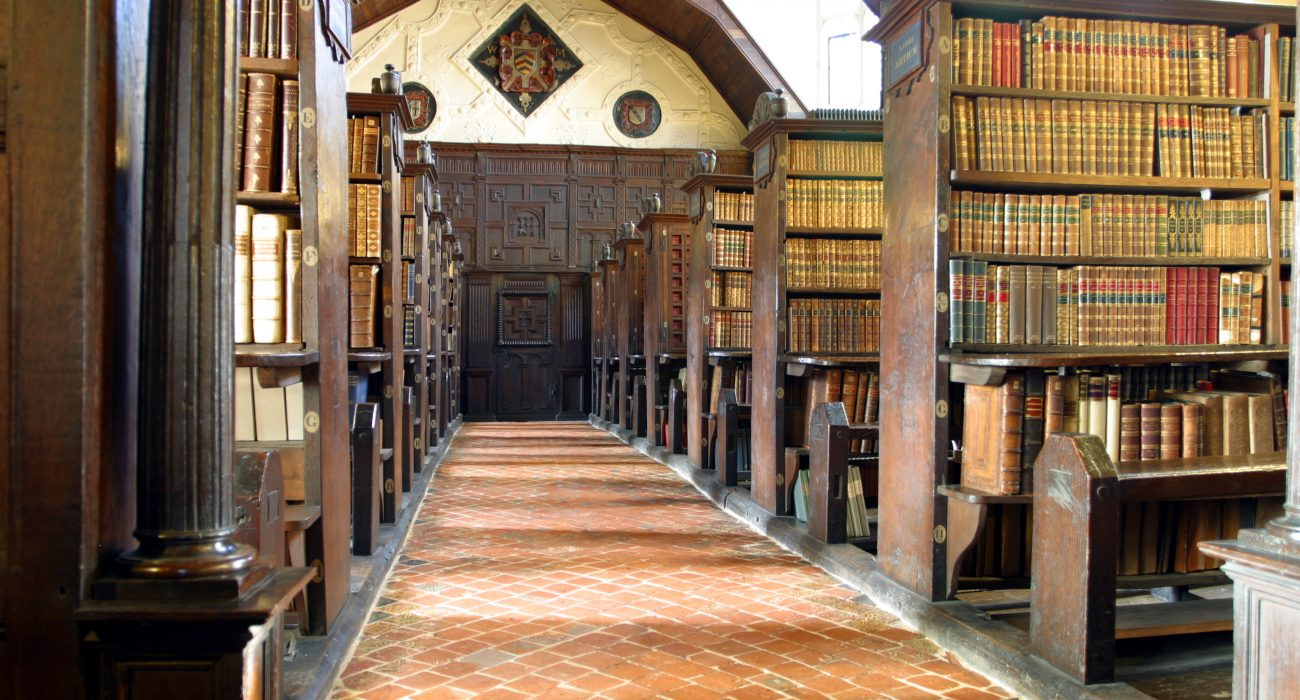 Merton College Hall. Photo: Wikimedia Commons