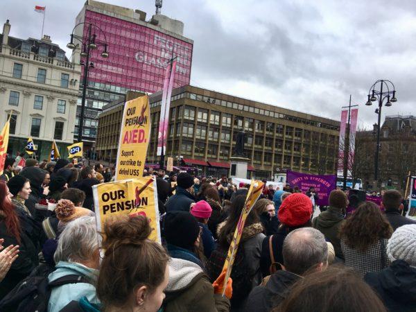 UCU members striking