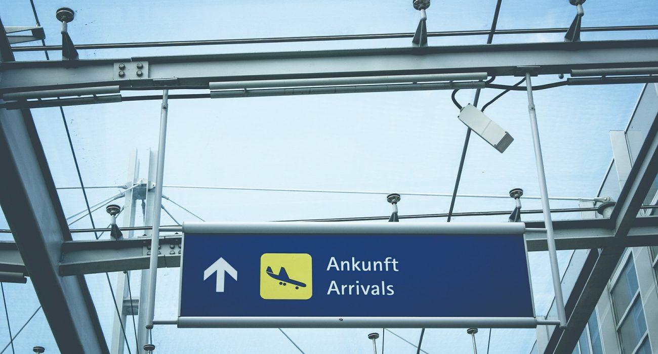 arrivals photo: markusspiske @pixabay