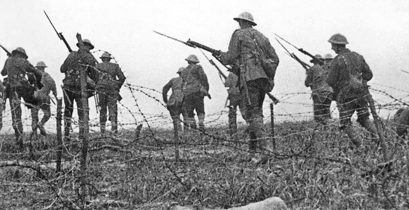 Battle of the Somme Photo: Geoffrey Malins via the Imperial War Museum @ Wikimedia Commons