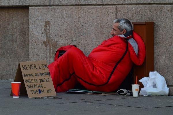 Homeless Photo: quinntheislander@pixabay